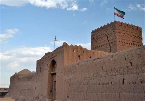 saryazd castle    greatest  beautiful
