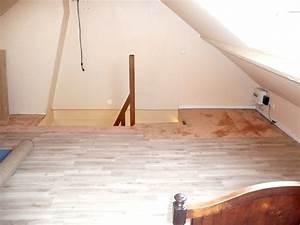 Poser Du Lambris Dans Les Combles : une grande chambre sous les combles ~ Premium-room.com Idées de Décoration