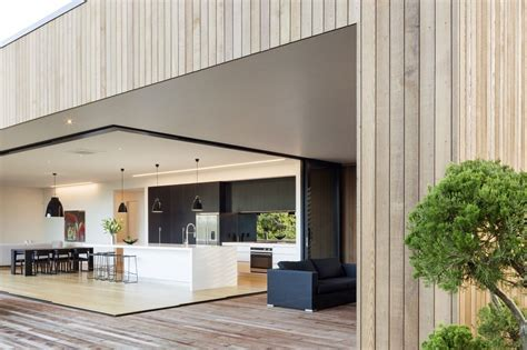 Shiplap Homes by Vertical Shiplap Cedar Weatherboards 187 Archipro Cladding