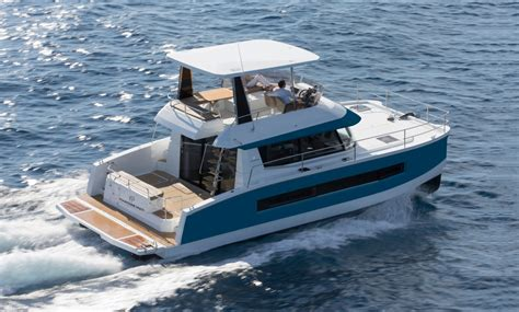 motor yachts   fountaine pajot