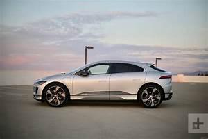 Jaguar I Pace : 2019 jaguar i pace review pictures specs pricing digital trends ~ Medecine-chirurgie-esthetiques.com Avis de Voitures