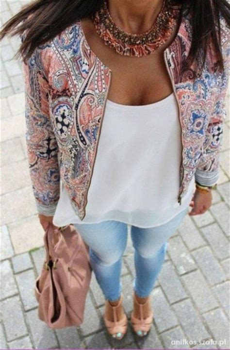 statement necklace cute outfits outfit pattern paisley printed jacket spring jacket white