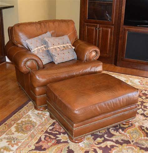 leather chair and ottoman by thomasville ebth