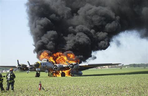 flying fortress crashes  picture story