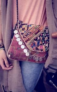Pochette Ethnique Chic : accessoires de mode ethnique ~ Teatrodelosmanantiales.com Idées de Décoration