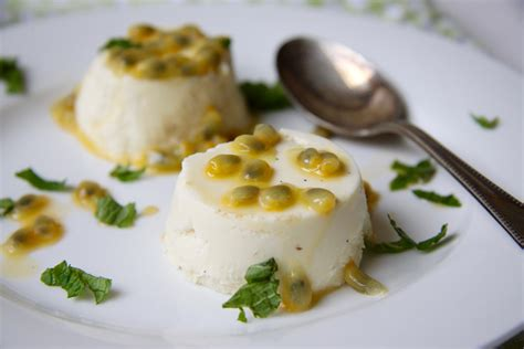 panna cotta hervé cuisine limoen panna cotta met passievrucht 39 s cuisine