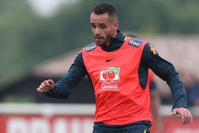 Exame não constata lesão, e chance de Renato Augusto ser ...