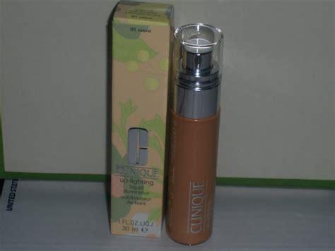 clinique up lighting liquid illuminator clinique up lighting liquid illuminator 1 oz 01 natural
