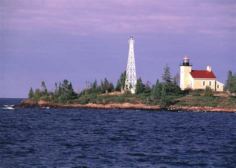 harbor lights lighthouses copper harbor light