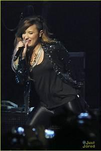 Demi Lovato: Sao Paolo Concert Pics! | Photo 667010 ...