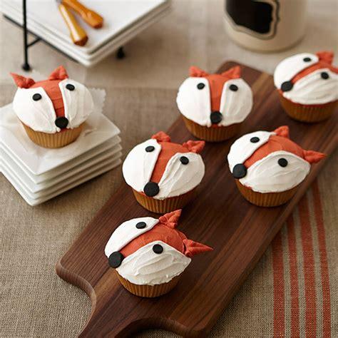 fun fox cupcake wilton