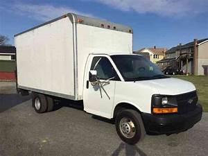 Chevrolet Express G3500  2004    Van    Box Trucks