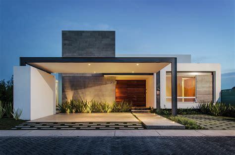 dise 241 o casa moderna de un piso construye hogar