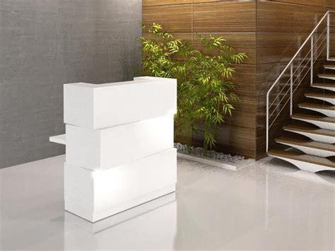 petit bureau blanc comptoir d 39 accueil montpellier 34 nîmes 30 sète
