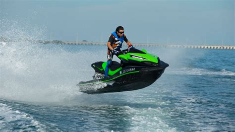 Speed Boat Jet Ski Racing by Jet Ski Wave Runner South Pacific Costa Rica