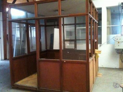 bureau d 39 atelier en bois avec 4 façades en verre occasion