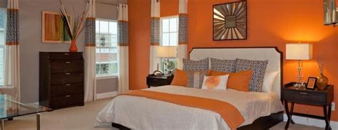 Bedroom Burnt Orange Wallpaper by Colors That Go Well With Orange For Interior Design In 2019
