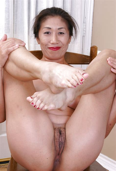 Amateur Asian Pictures Sexy Asian Milfs