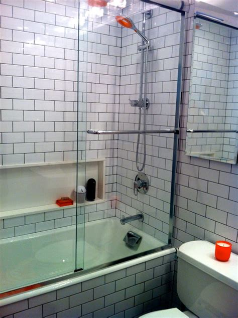 black  white subway tile bathroom