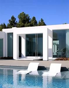Bain De Soleil Design : bain de soleil design piscine arkko ~ Teatrodelosmanantiales.com Idées de Décoration