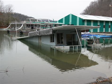 pontoon boat sinks in ohio river this forum needs strictor for selling page 5