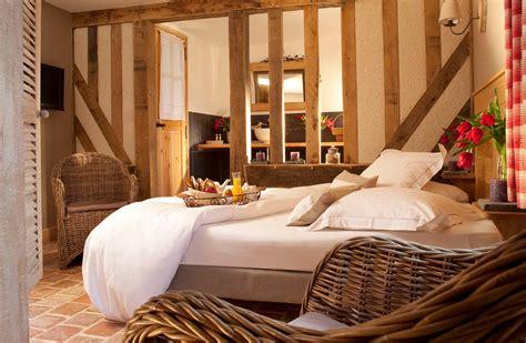 hotel a deauville avec dans la chambre auberge de la source hôtel de charme en normandie