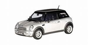 Mini Cooper Modele A Eviter : autoart 54821 bmw mini cooper silver 1 43 ~ Medecine-chirurgie-esthetiques.com Avis de Voitures