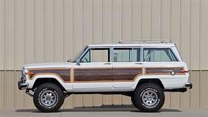 Jeep Grand Wagoneer : 1988 jeep grand wagoneer custom s159 chicago 2017 ~ Medecine-chirurgie-esthetiques.com Avis de Voitures