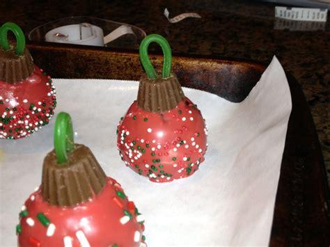 christmas ornament cake pops holidays pinterest