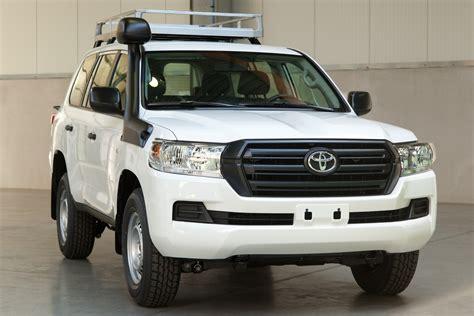 Toyota Cruiser by Toyota Land Cruiser 200 Gx Cps Africa