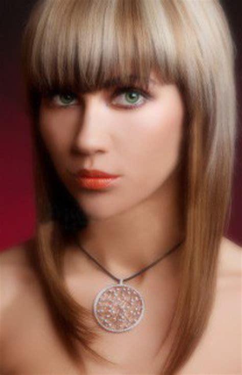 fryzura twarz owalna