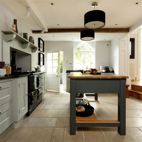 country looking kitchens solid oak country style kitchen ideal home 2946