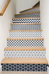 Deco Marche Escalier : mont e d 39 escalier les tendances d co habitatpresto ~ Teatrodelosmanantiales.com Idées de Décoration