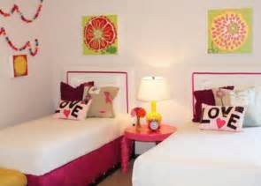 teen girls bedroom wall ideas