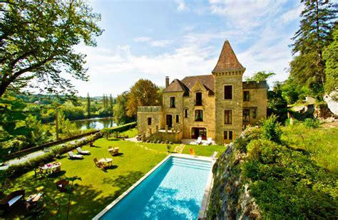 chambre d hote dans un chateau chateau perigord dordogne dormir dans un chateau