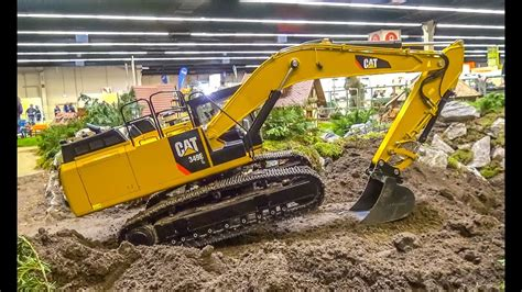 kg rc excavator  huge  scale rc caterpillar action youtube