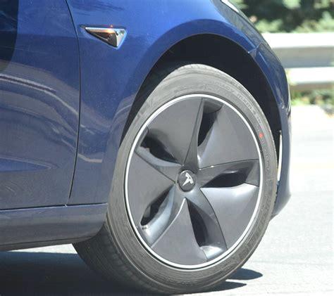Download Aero Wheels Tesla 3 Pics