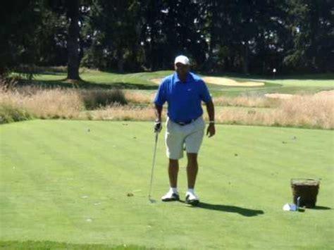 left handed golf swing charles barkley left handed golf swing