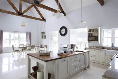 handcrafted bespoke kitchen handpainted  white  pavilion grey