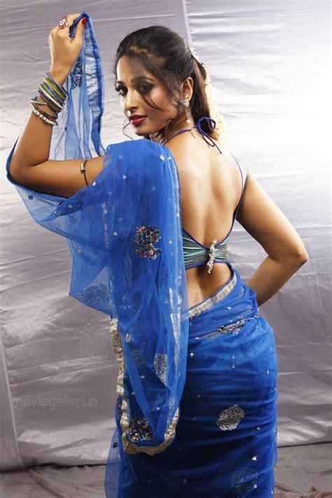 Anushka Shetty Saree Backless High Resolution Wallpapers 5
