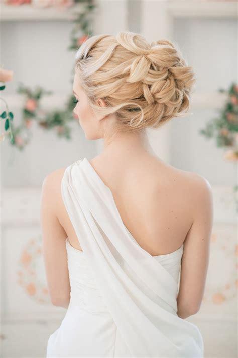 gorgeous wedding hairstyles  makeup ideas belle  magazine