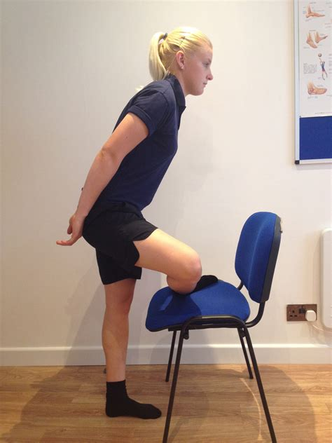 hip gluteal piriformis muscles stretch standing g4