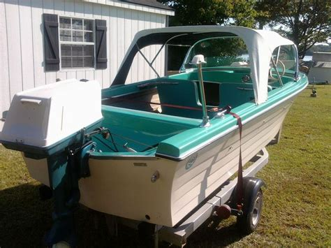 Vintage Wellcraft Boats by 7 Best Boat Rebuild Ideas Images On Boats