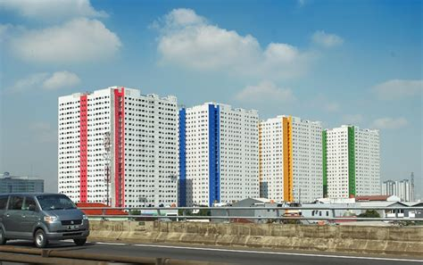 apartemen green pramuka city  stop living pusat