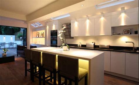 Illuminazione Cucina Moderna Come Illuminare La Cucina Al Meglio Casanoi