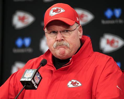 preview chiefs reid   rewrite history  playoff