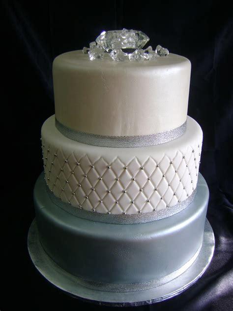edible diamantes  wedding cakes idea   bella