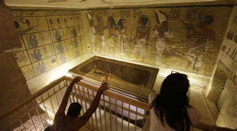 Does King Tut Share His Tomb With Stepmother Queen
