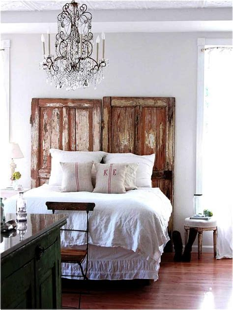 bedroom chandeliers  bring bouts  romance style