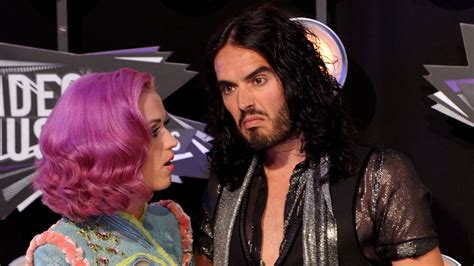russell brand oxford union katy perry mocks marriage to russell brand with smiley
